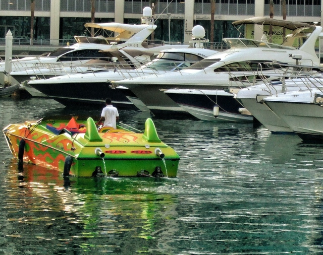 blinged up speed boat - Dubai 2009