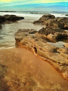 Sea carved hole