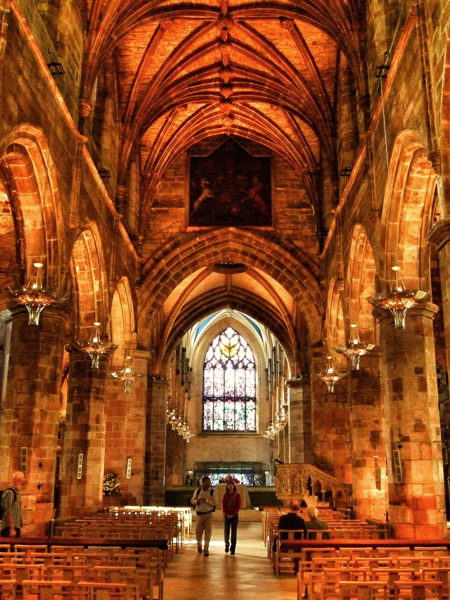 Illuminated Arches - St Giles Cathedral - Edinburgh