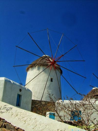 Round windmill, round sail