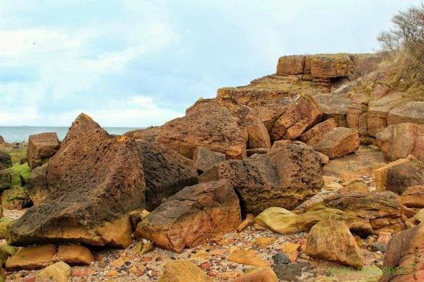 Oxo Cube Rocks - Gullane