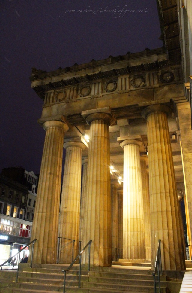 IMG_Royal Scottish Academy Edinburgh night.JPG